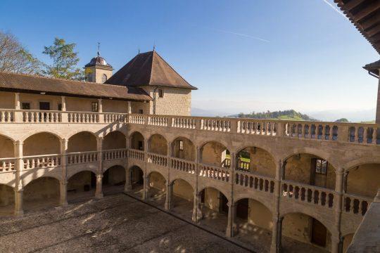Holiday idea: nature & castles