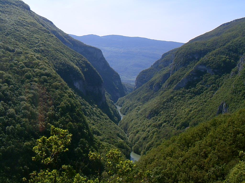 Défilé du Val de Fier en Albanais