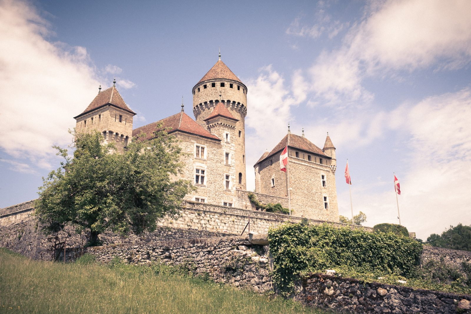 Extérieur Château de Montrottier