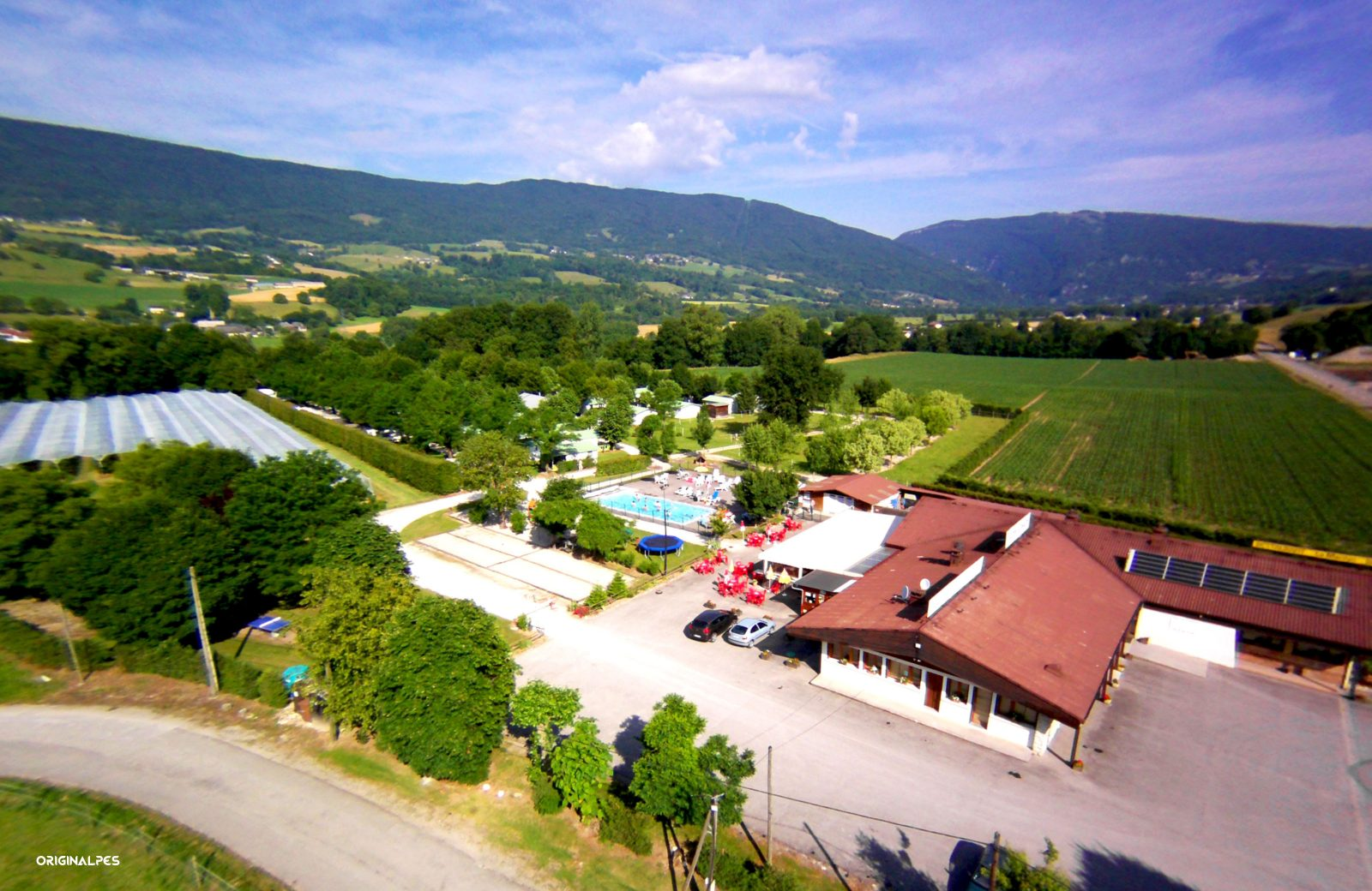 Camping Les Charmilles, Vallières